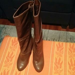 Ladies BROWN Fergalicious boots